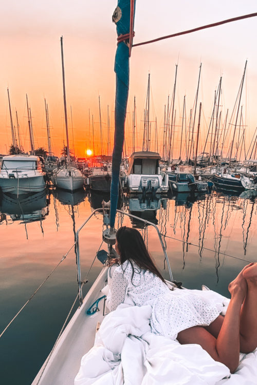 Une nuit à bord d'un voilier en Provence